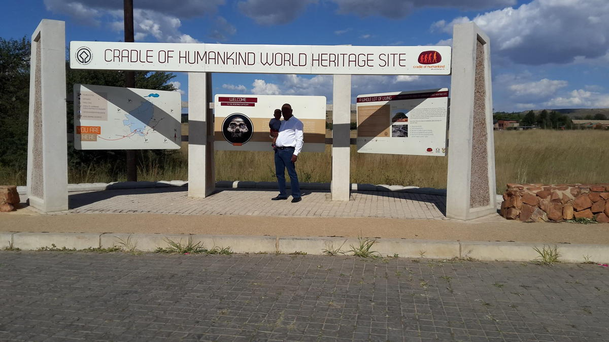 STERKFONTEIN & MAROPENG TOUR